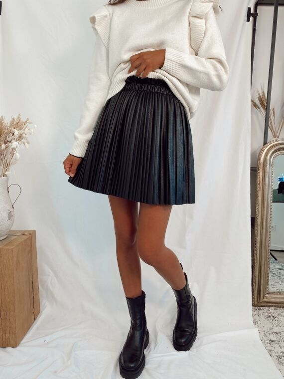 Faux leather pleated skirt BAMBI in black