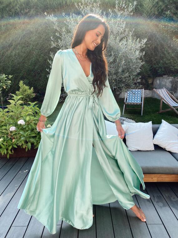 Robe longue satinée AMANDE vert d'eau