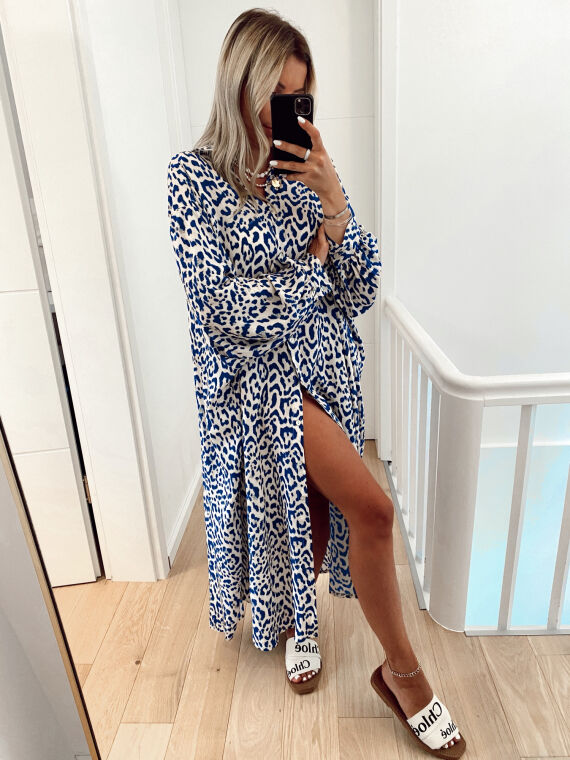 Robe chemise oversize léopard MERIDA bleue