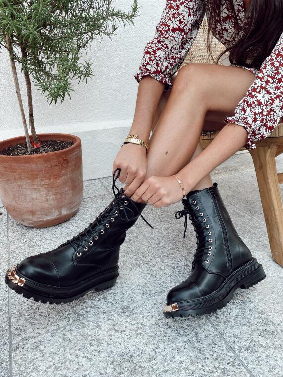 Boots à lacets bout en métal doré BARNES noires