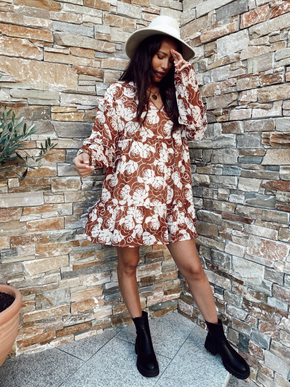 Flared dress with large flowers GISELLE camel