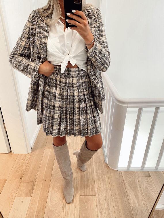 High-waisted pleated skirt in tweed style ENRIQUE in beige