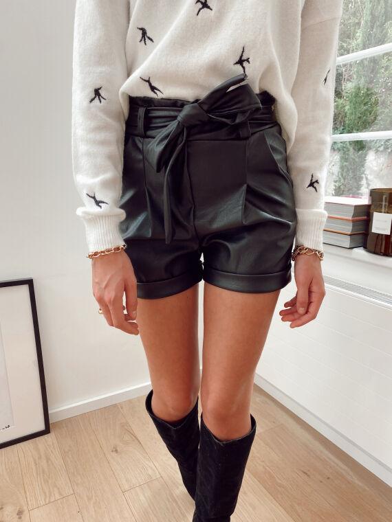 Belted shorts in imitation leather ELTON in black