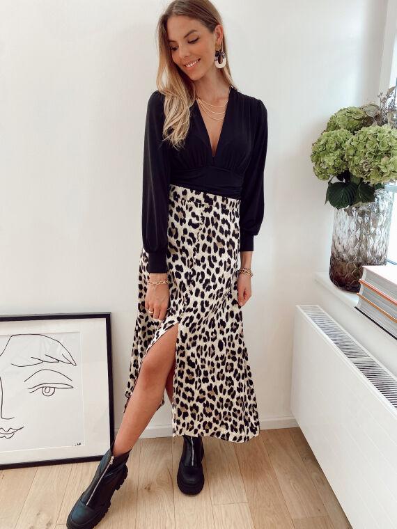 Jupe mi-longue fendue motif léopard MINDY beige