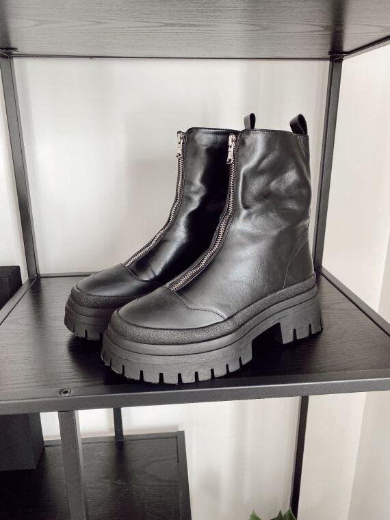 Boots semelle track et zip AMBREM noires