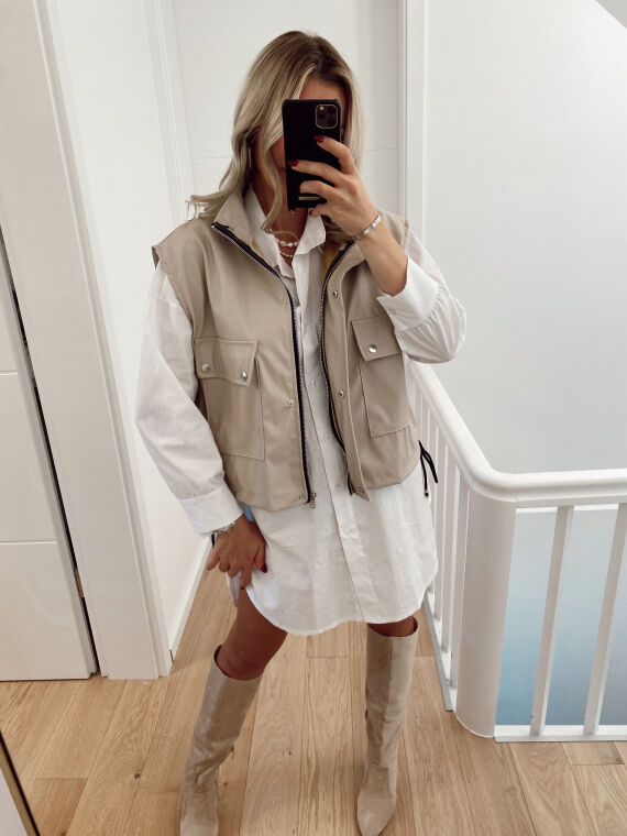 Sleeveless leatherette cargo jacket BUSTER in beige